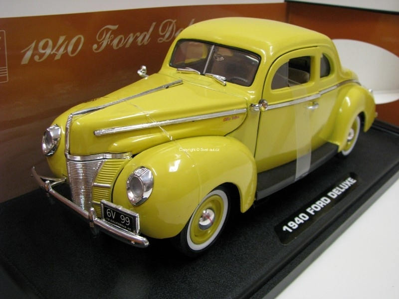 Ford Deluxe 1940 Yellow Timeless Clasics 1:18 Motor Max